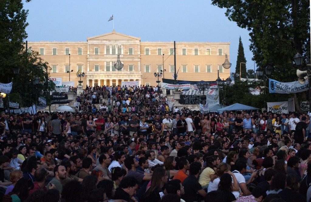 Площад Синтагма, Атина, по време на общи асамблеи.