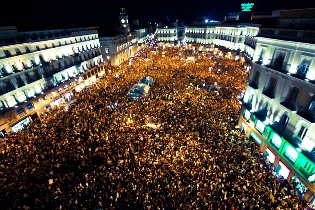 Площад Пуерта дел Сол, Мадрид, 2011 г. Снимка:  wikimedia