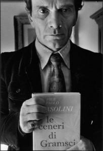 Пазолини е силно повлиян от Антонио Грамши