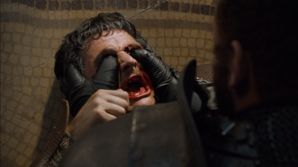 """Вълнуващият завършек на двубоя между Планината и Змията. """"Игра на тронове"""", епизод 8, сезон 4, собственост на HBO."""
