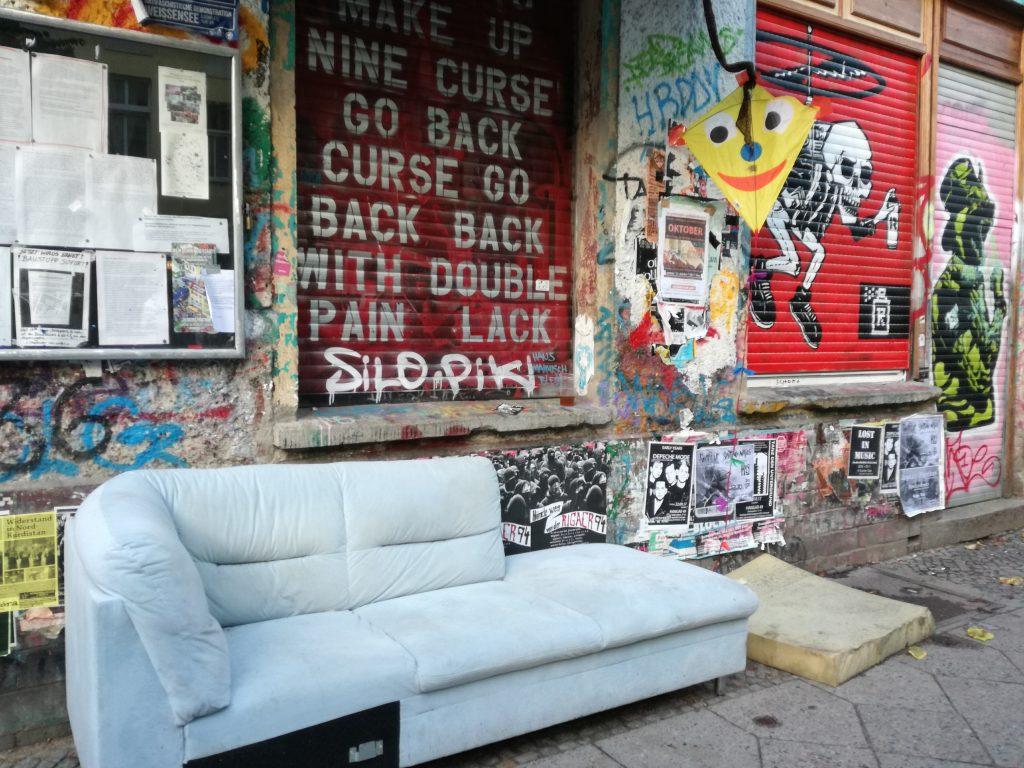 Rigaer Str. 78 sofa